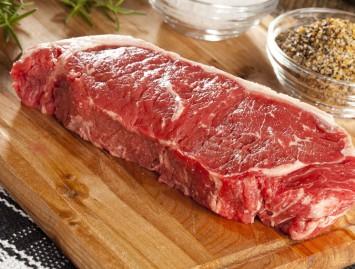 Mėsos valgymas – nepakeičiami baltymai ar žala organizmui?
