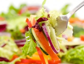 Paleo dieta – pirmykščių žmonių pėdomis