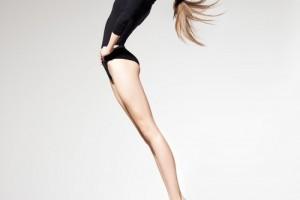 Gražios ir sveikos kojos: kaip įveikti kojų venų varikozę?