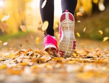 Kaip išvengti kelio skausmo po bėgimo? Pataria kineziterapeutė Toma Kreivėnaitė