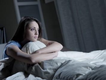 Skaičiuoji avis prieš miegą? Yra greitesnis mokslininkų įrodytas būdas užmigti.