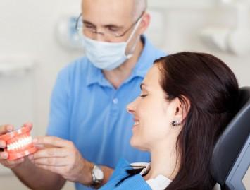 """Odontologijos technikos gigantą """"Carestream Dental"""" nustebino Lietuvos odontologų kvalifikacija"""
