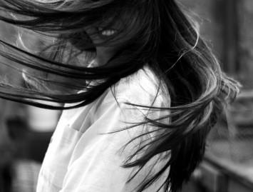 Ką daryti, kad plaukai nesiveltų?