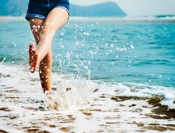 Kojų nuovargis ir tinimas: kada užteks gelio, o kada verčiau rimtai susirūpinti