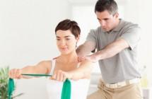 5 kineziterapijos pratimai taisyklingai laikysenai išlaikyti