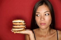 Persivalgymo priepuoliai: kas juos lemia ir kokios pasekmės?