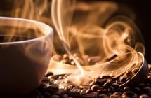 Priklausomybė nuo kofeino. Ar turėtume gerti mažiau kavos?