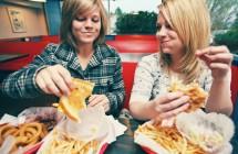 Kokį maistą užkandžiams renkasi Anglijos studentai?