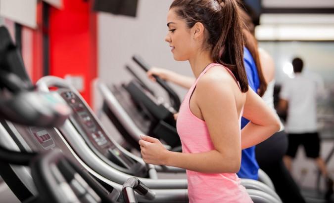 Kokia ištvermės treniruotė efektyviausia auginant raumenis?