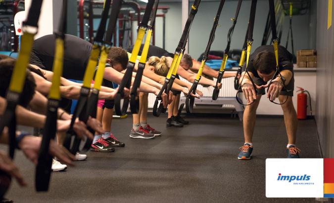 Treniruotė su TRX diržais verčia dirbti visus kūno raumenis!