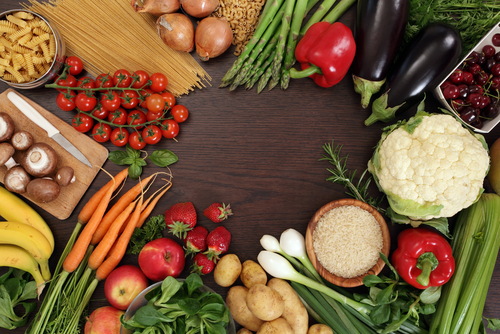 Kodėl vasarą svarbu mėgautis daržovėmis ir uogomis?