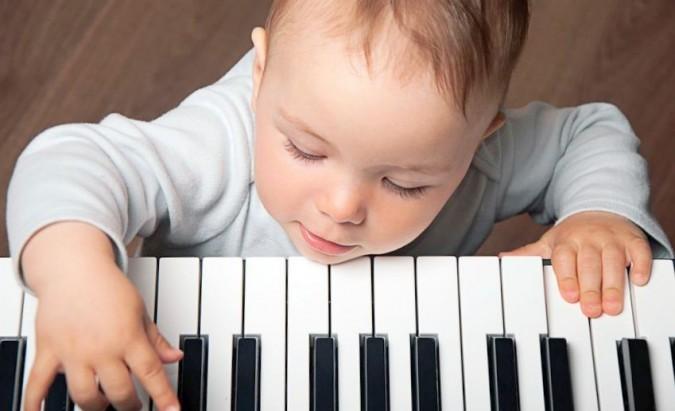 Muzikiniai užsiėmimai kūdikiams – kodėl verta? I dalis