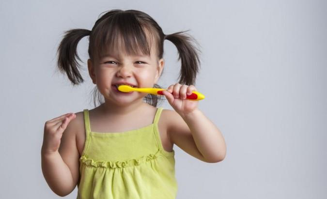 Vaikų burnos higiena. Ką būtina žinoti tėveliams?
