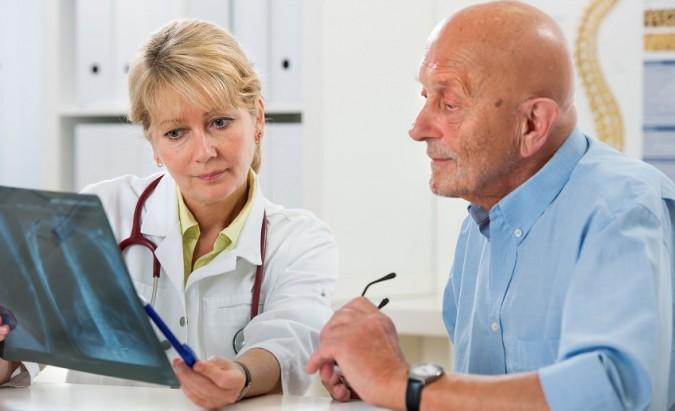 Ką derėtų žinoti apie plaučių vėžį?