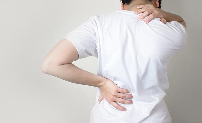 nugaros skausmas hipertenzija